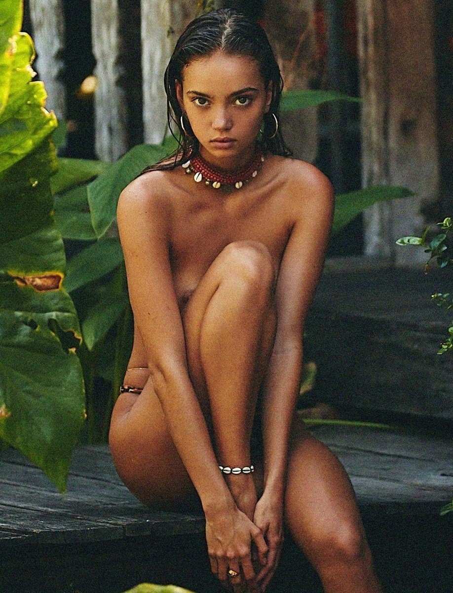 Inka Williams Topless Nudes Compilation
