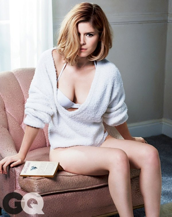 Kate Mara Topless And Lingerie Pics For 'House of Cards'