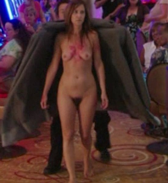 Kristen Wiig Nude Screencaps From 'Welcome To Me'