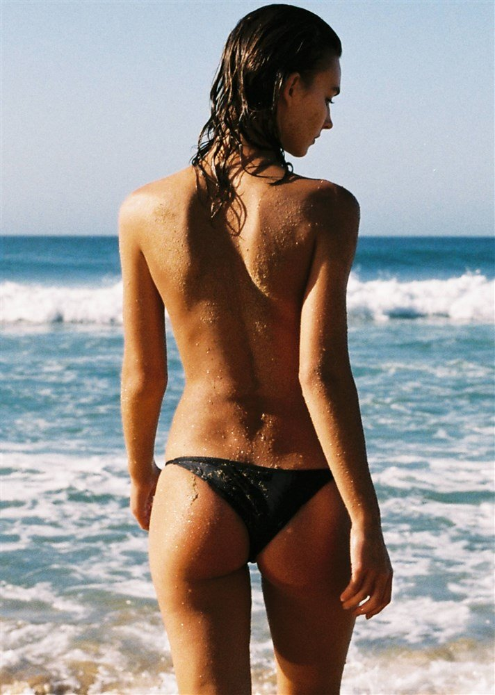 Rachel Cook Nude Beach Photo Shoot