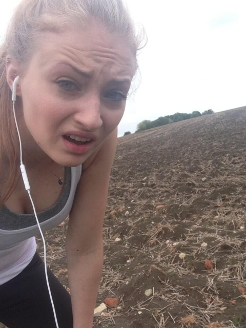 Sophie Turner Private Cell Phone Photos Leaked