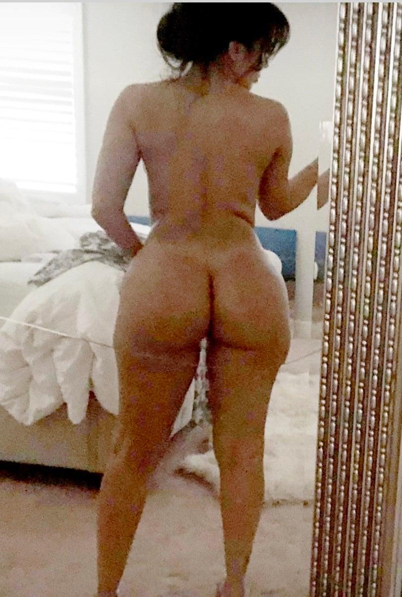 Vida Guerra New Nude Photos Leaked