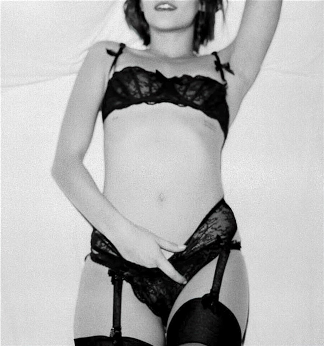 Willa Holland Nude Outtake Photos Released