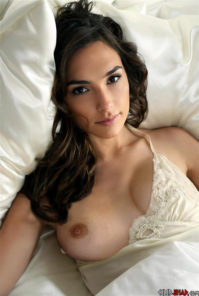 Gal Gadot Nude Outtakes And Behind-The-Scenes Video