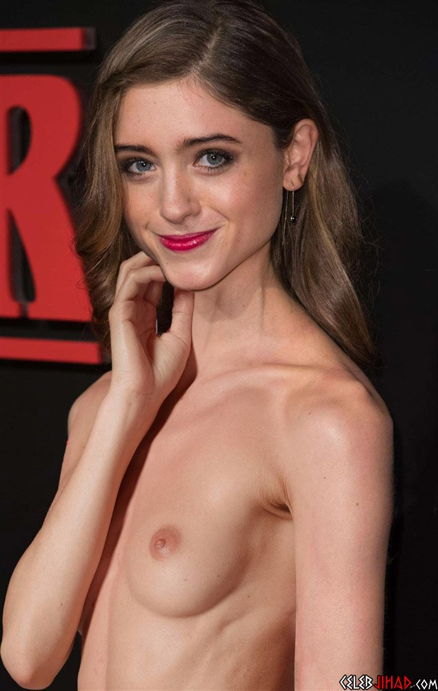 """Natalia Dyer Nude """"Stranger Things"""" Preview"""