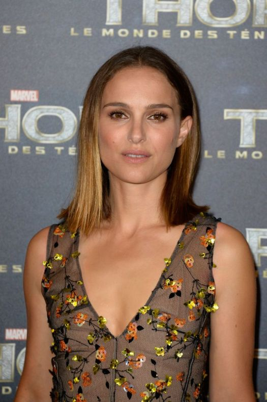 Natalie Portman - THOR: THE DARK WORLD premiere in Paris