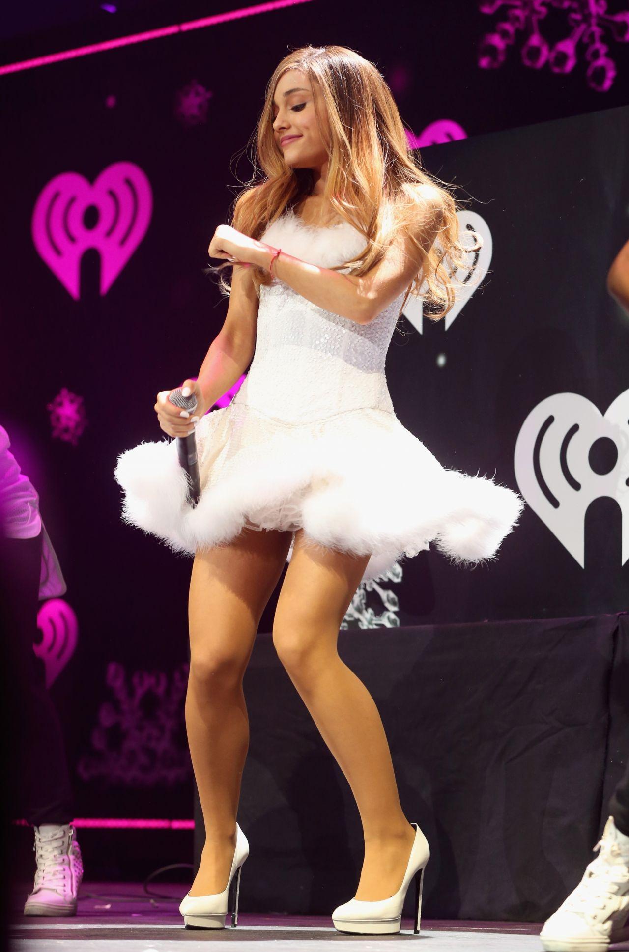 Ariana Grande  2013 KIIS FMs Jingle Ball in Los Angeles