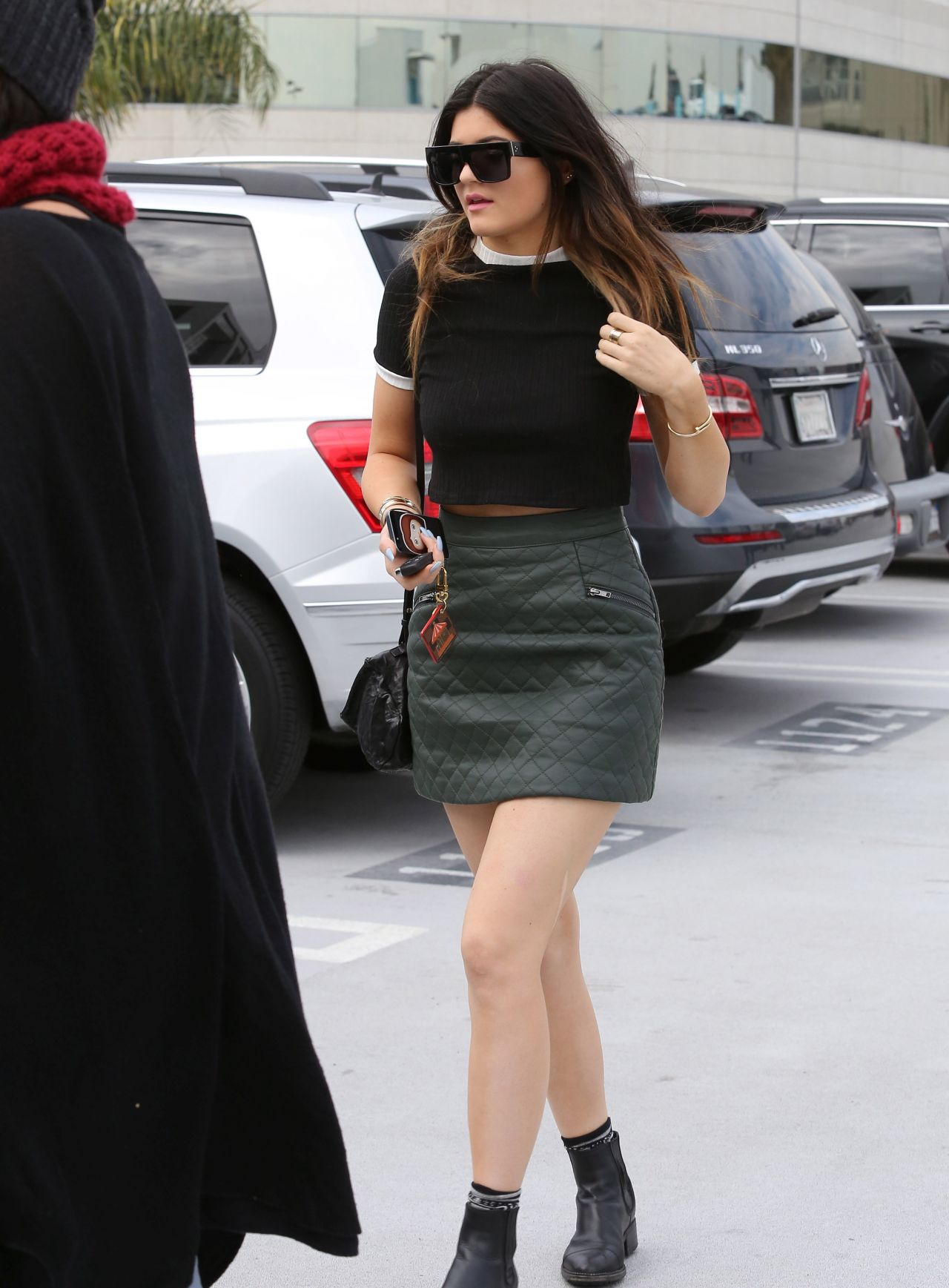 Kylie Jenner Street Style  Shopping in West Hollywood  December 2013
