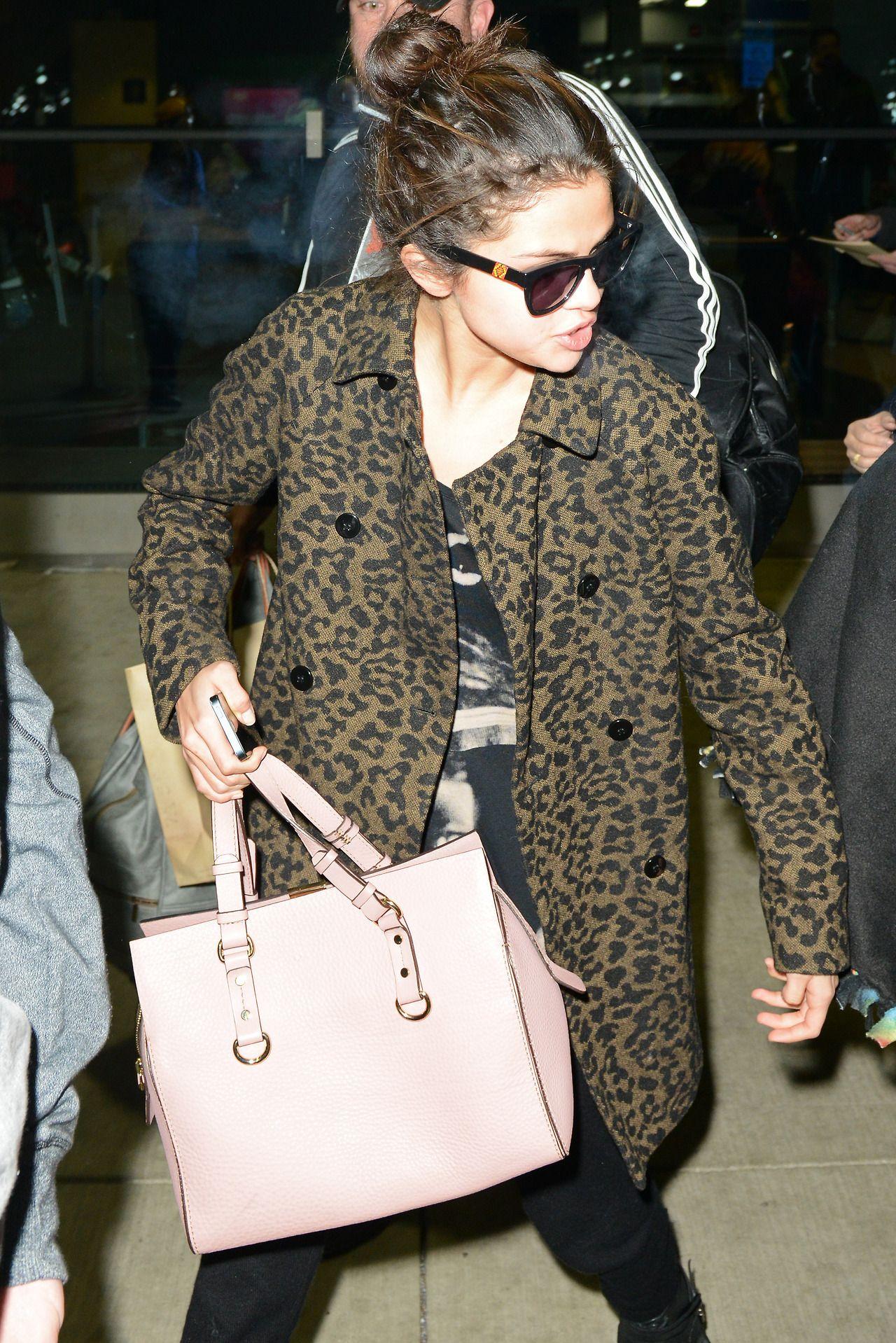 Selena Gomez Street Style  Arriving in Chicago  December