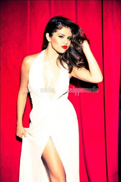 selena Selena Gomez Photoshoot for GLAMOUR Magazine