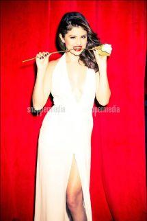 Selena Gomez Glamour Magazine