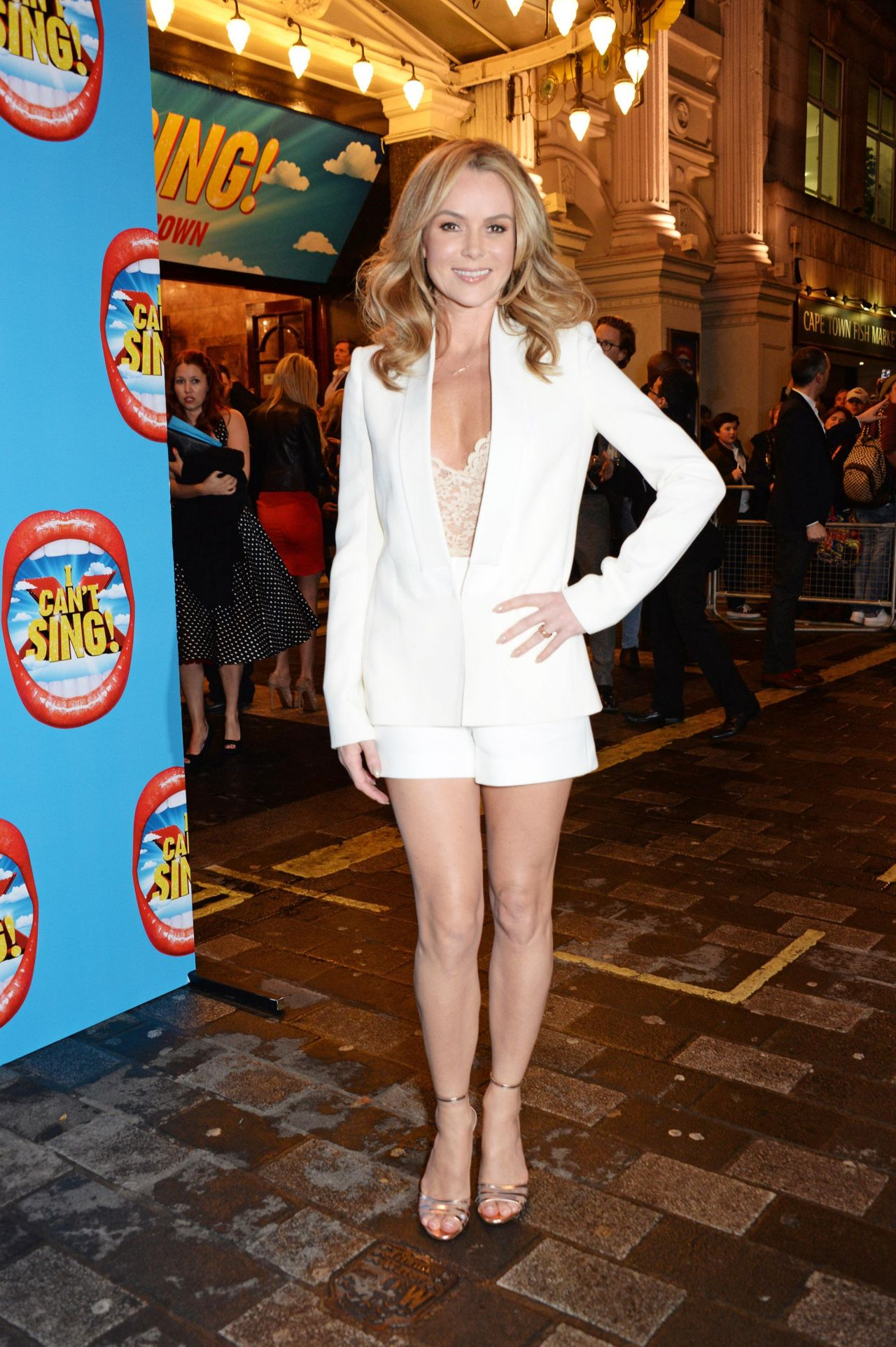 Amanda Holden  I Cant Sing The X Factor Musical Press