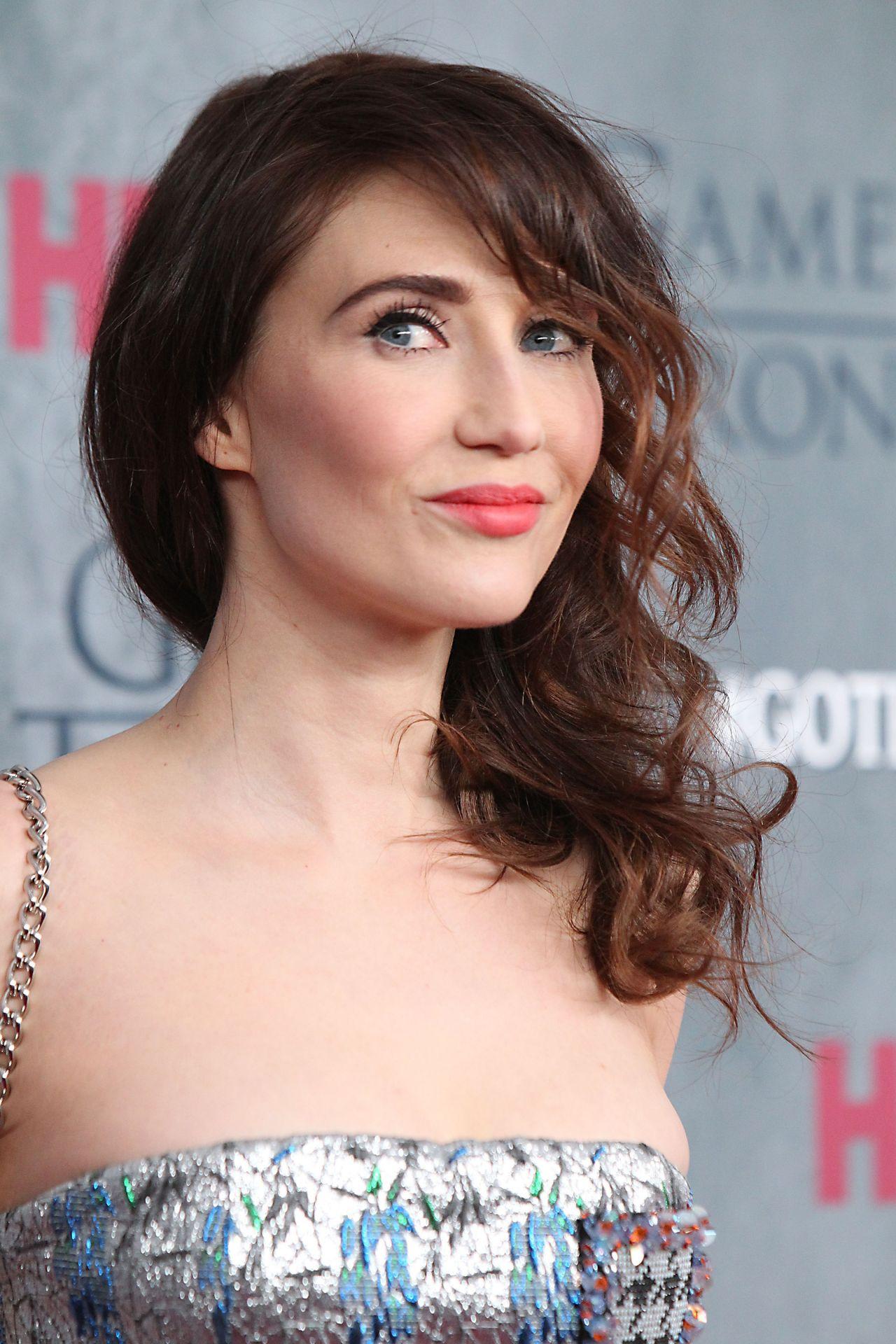 Carice Van Houten Game Of Thrones Season 4 Premiere In