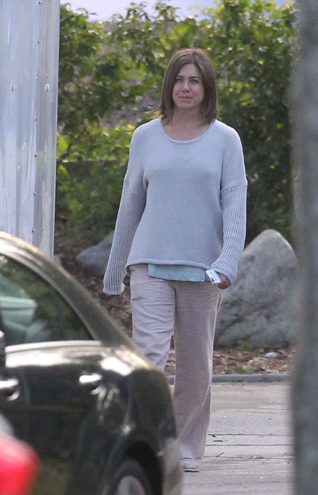 Jennifer Aniston  Cake Set Photos  Los Angeles April 2014