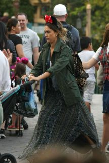 Jessica Alba Candids Disneyland In Anaheim June 2014