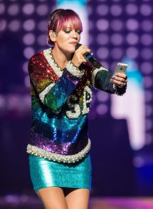 Lily Allen Performs Wells Fargo Center In