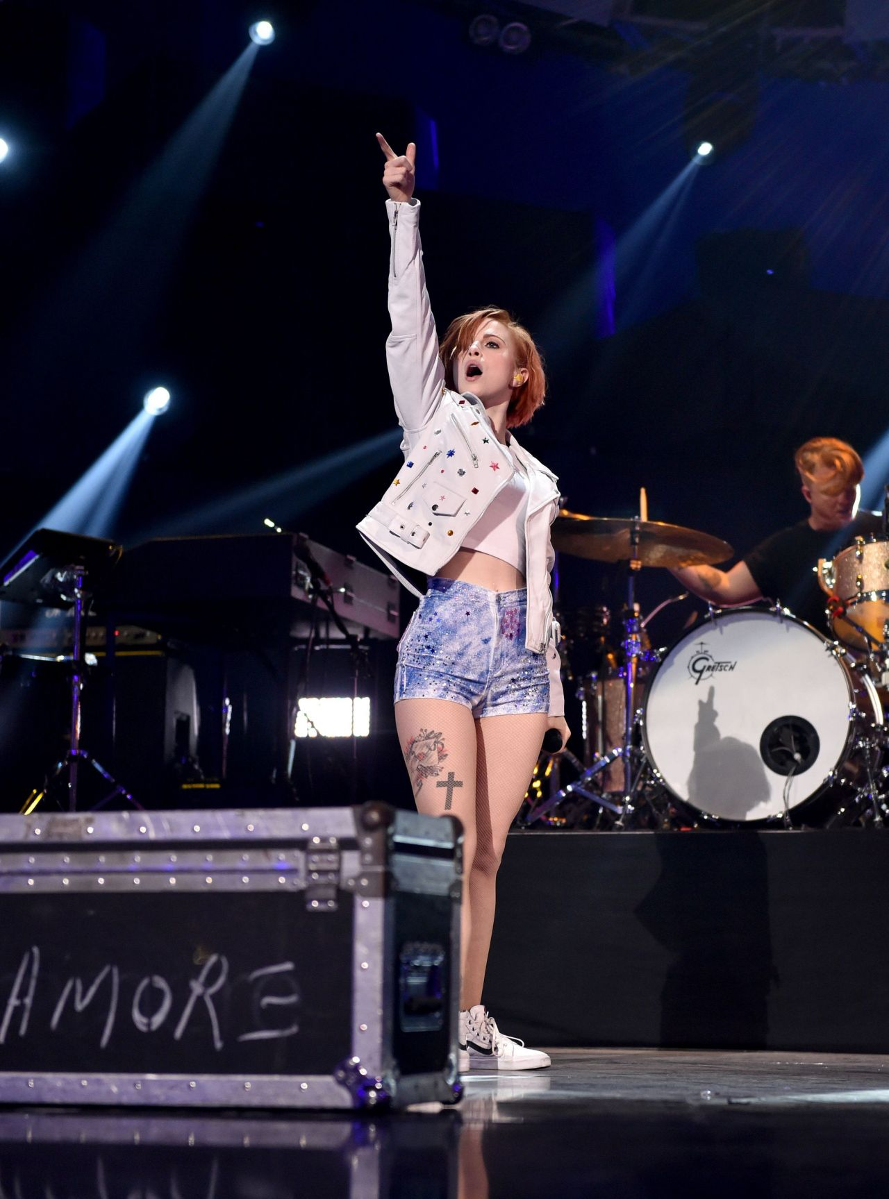 Hayley Williams Performs at 2014 iHeartRadio Music