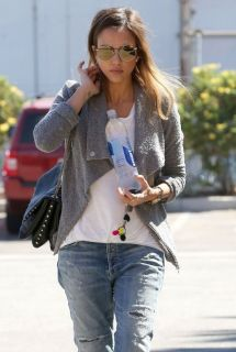 Jessica Alba Casual Style - In Santa Monica September