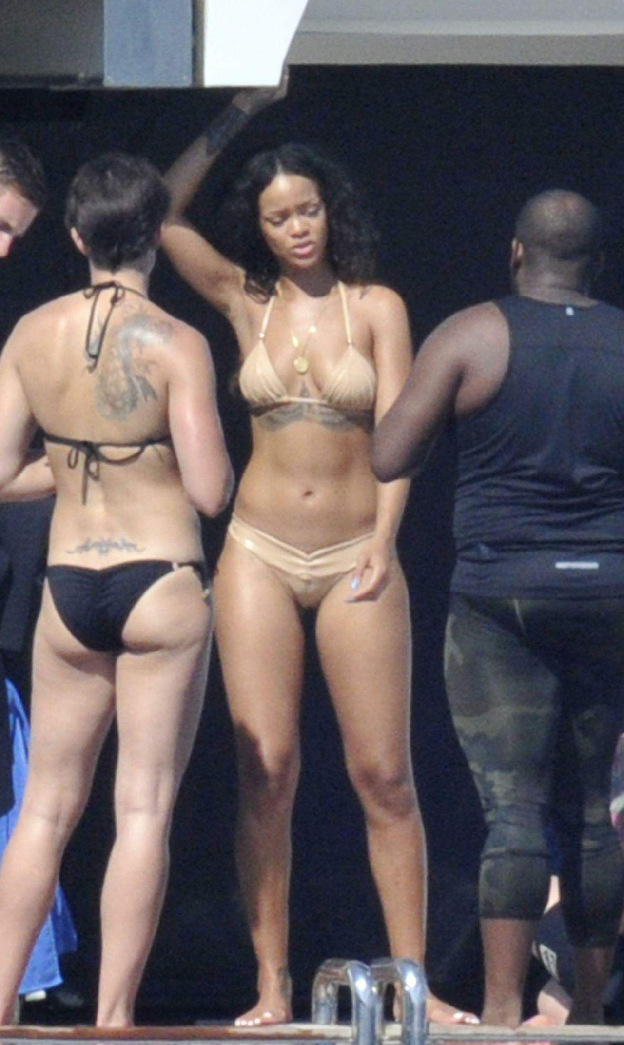 Rihanna in a Bikini  Paddleboarding in Italy August 2014