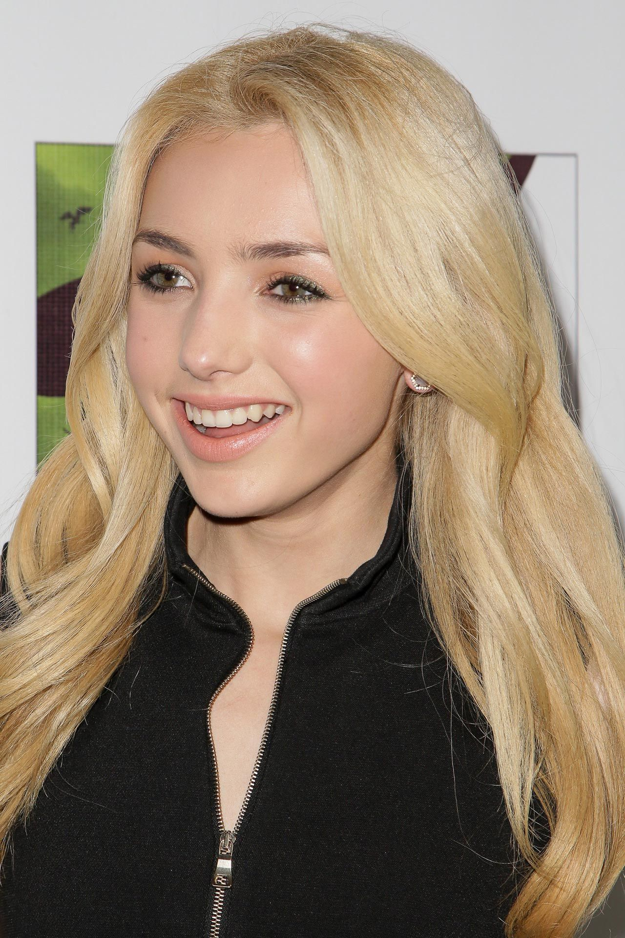 Peyton R List  Wicked Musical Opening Night in Hollywood