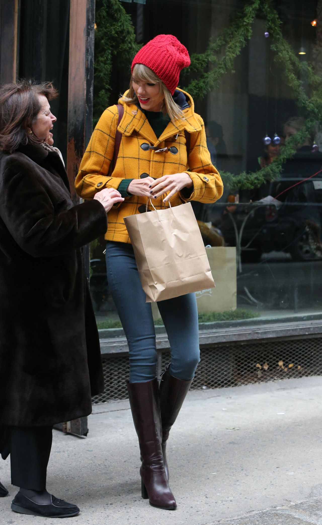 Taylor Swift Street Style  Out in New York City December