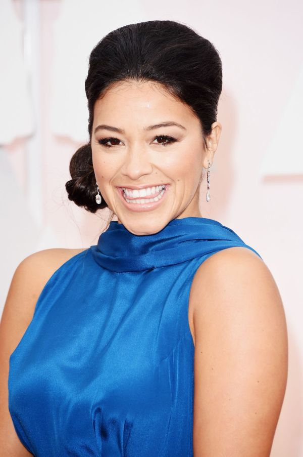 Gina Rodriguez 2015 Oscars Red Carpet In Hollywood