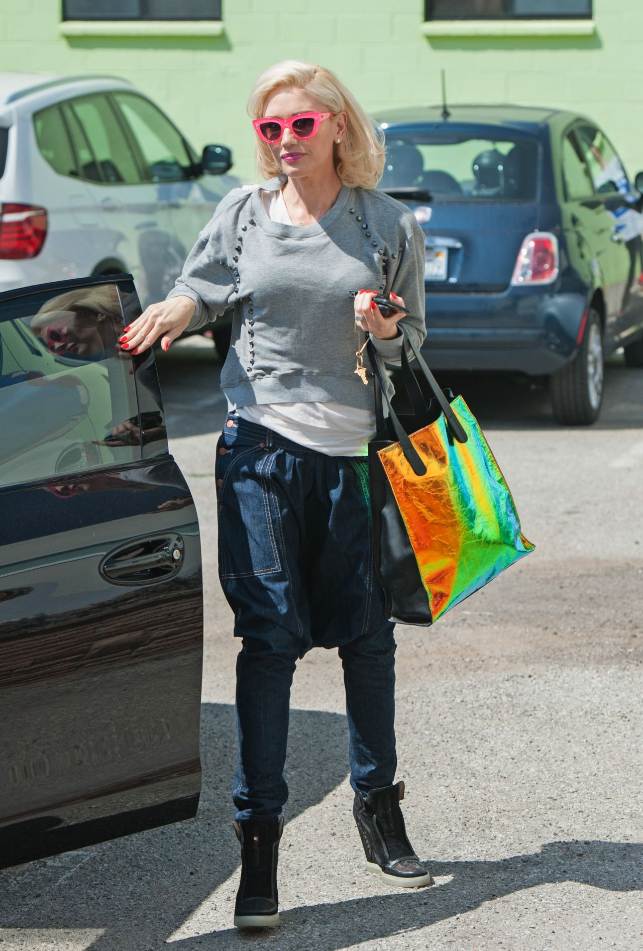 Gwen Stefani Casual Style  Out in Los Angeles March 2015