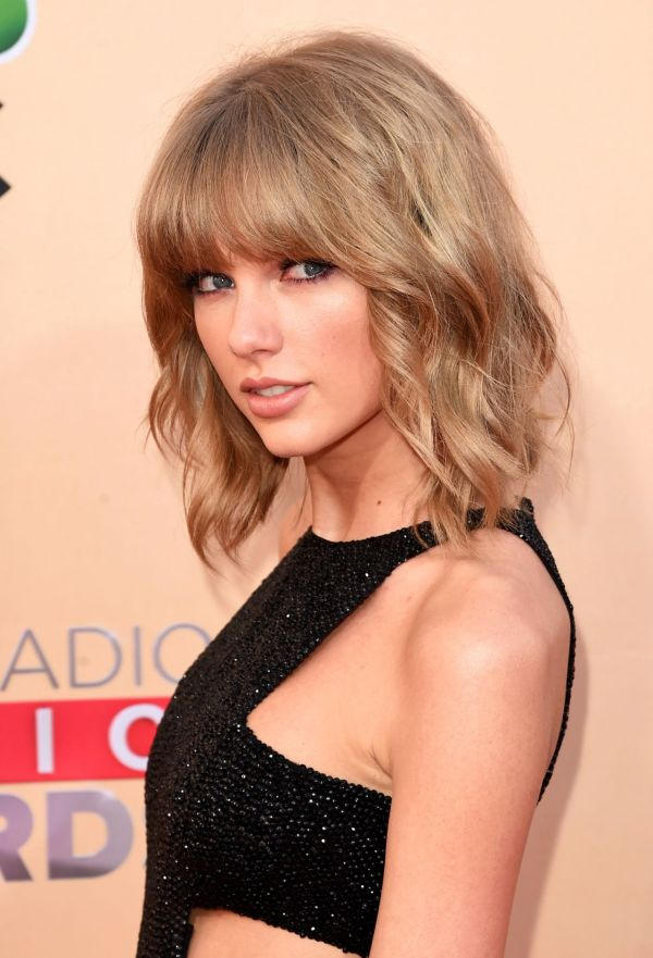 Taylor Swift 2015 Iheartradio Music Awards In Los Angeles