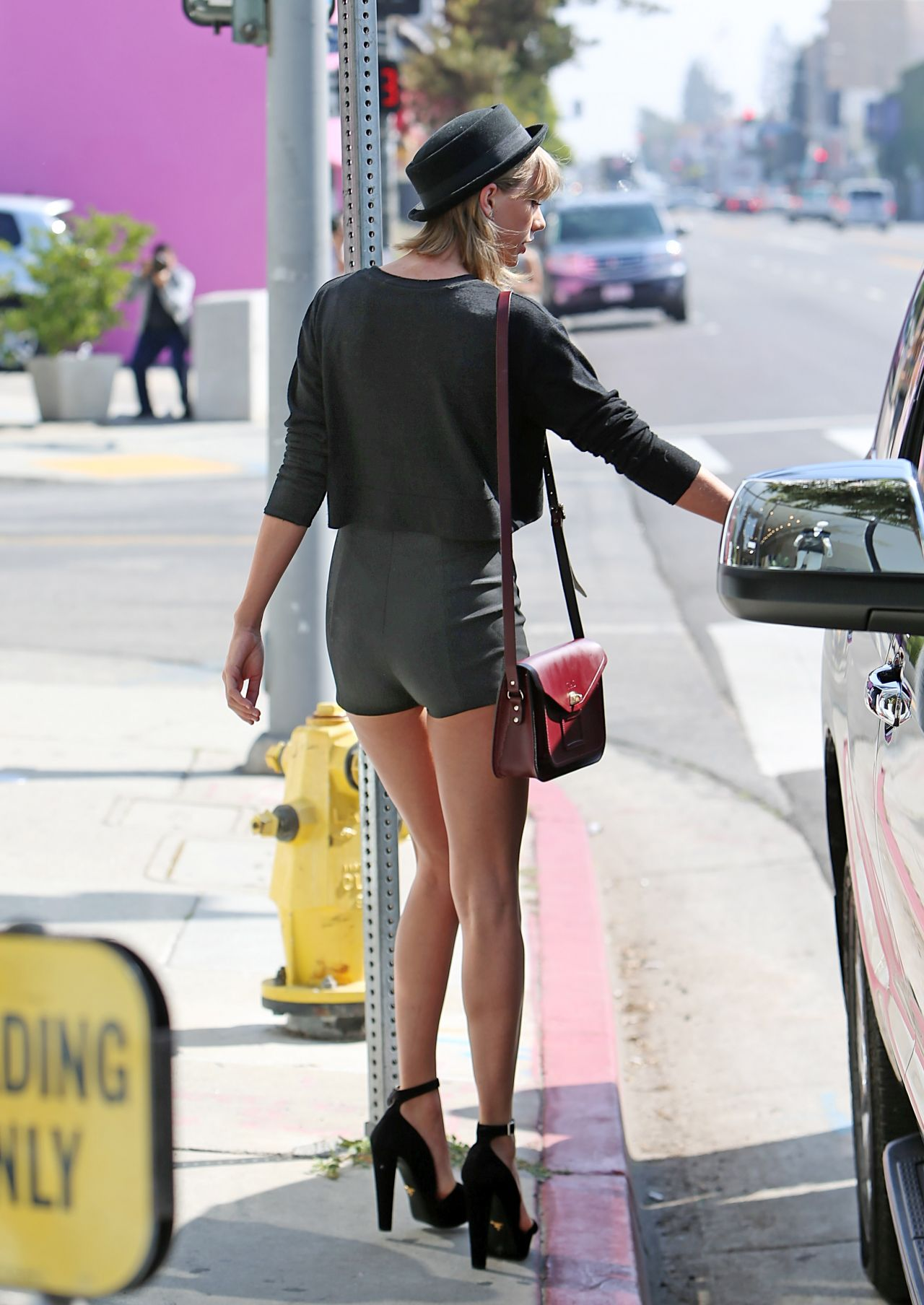 Taylor Swift Leggy in Shorts  Out in LA March 2015