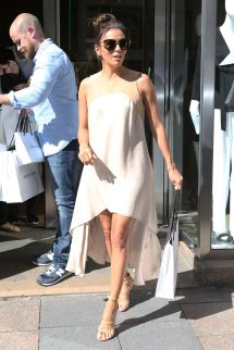 Eva Longoria - Balcony And Of Hotel Martinez In