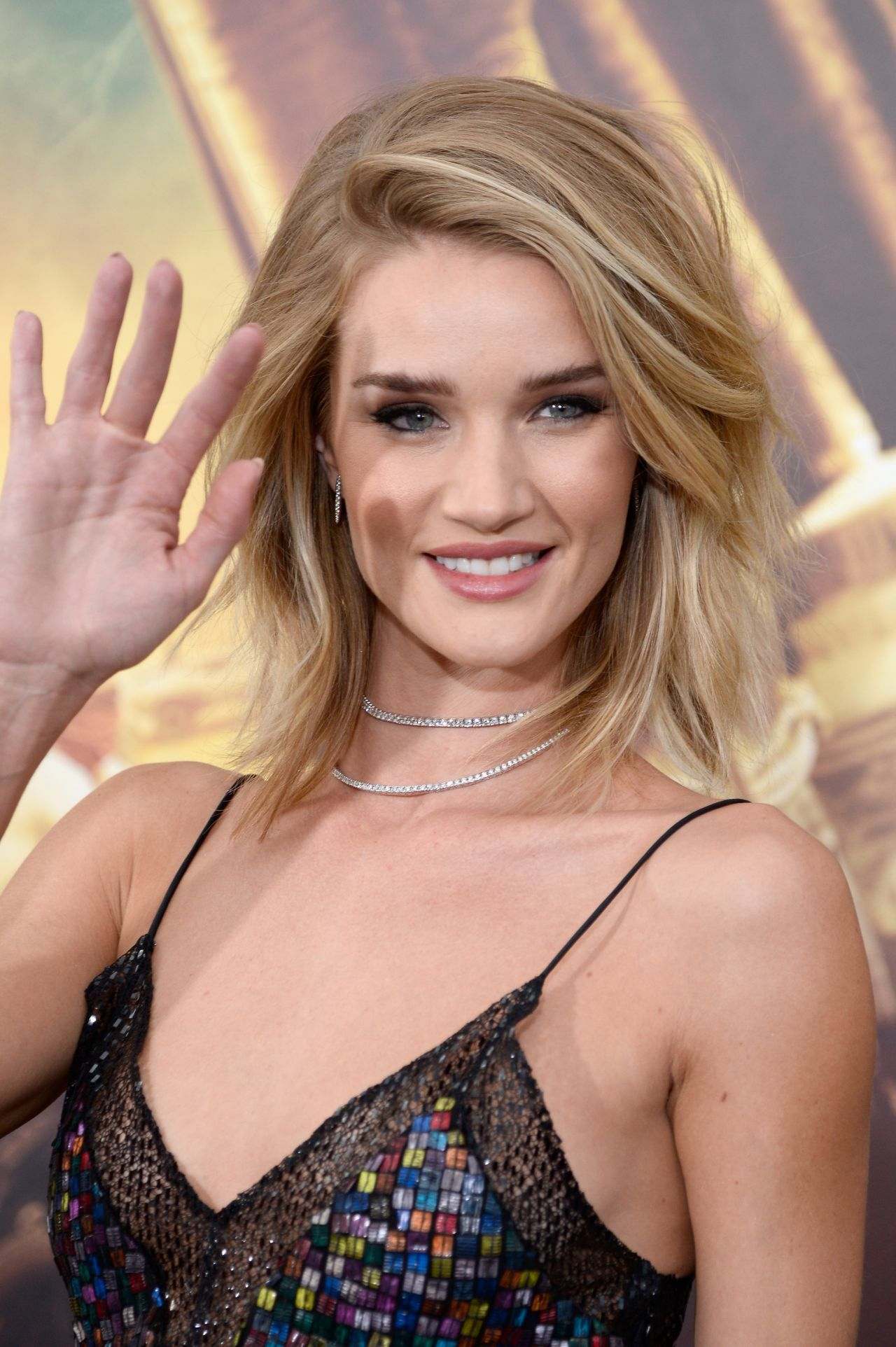 Rosie HuntingtonWhiteley  Mad Max Fury Road Premiere in