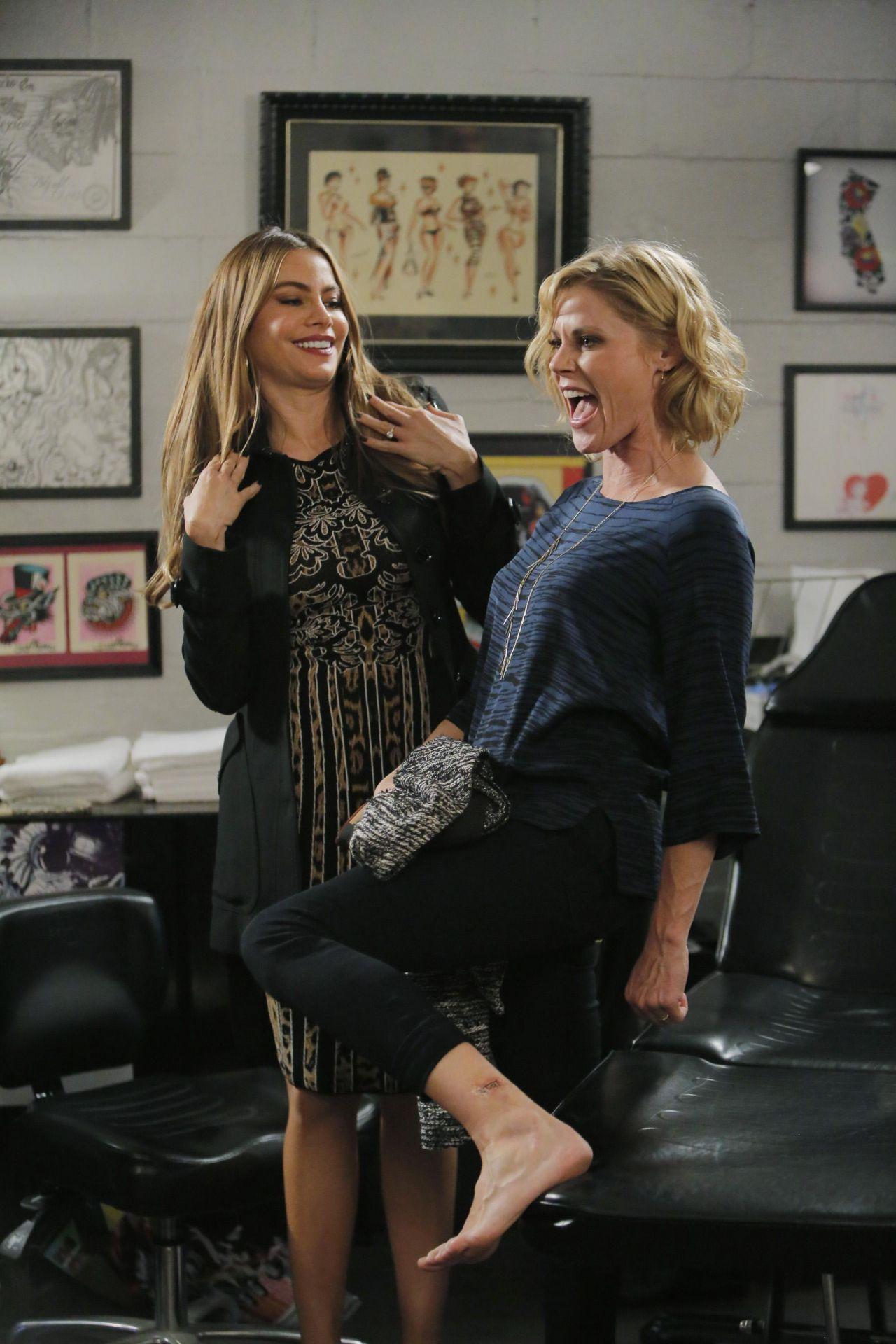 Sofia Vergara  Modern Family Season Six HQ Promos