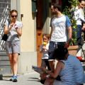 Natalie portman street style out in florence italy july 2015