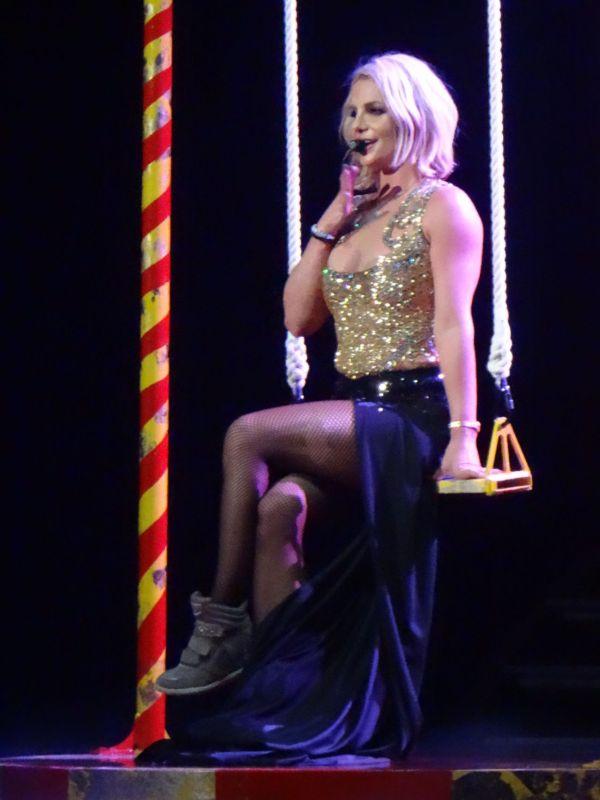 Britney Spears - Performing In Las Vegas October 2015