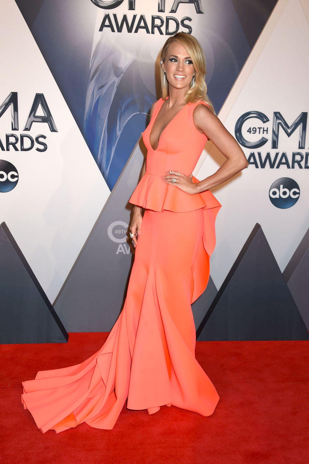 Carrie Underwood  2015 CMA Awards in Nashville