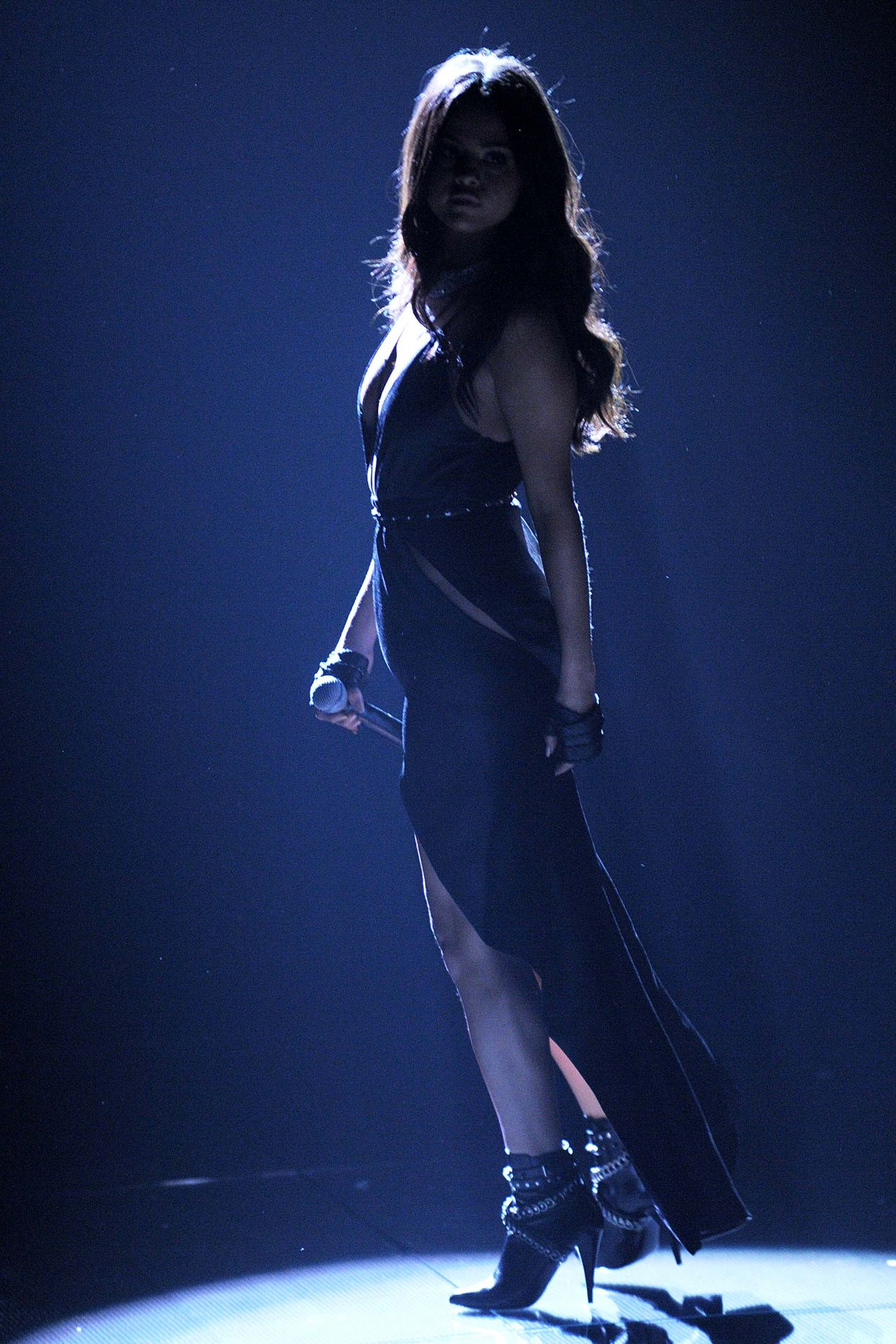 Selena Gomez  Performs at Victorias Secret Fashion Show