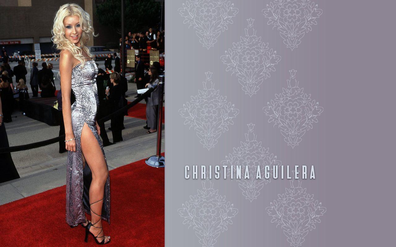 Fall In Paris Wallpaper Christina Aguilera Wallpapers January 2016
