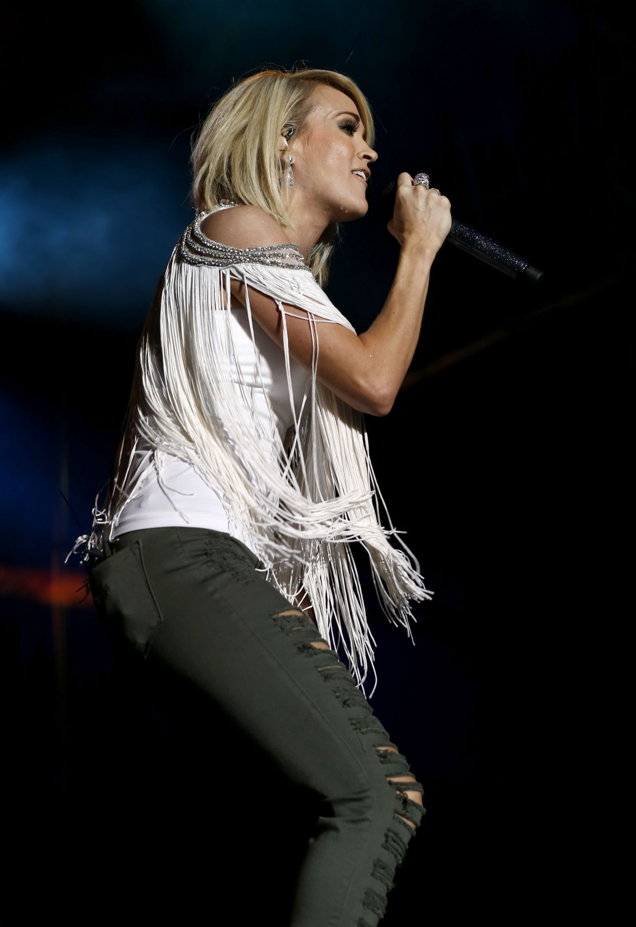 Carrie Underwood  2016 ACM Party For A Cause Festival in
