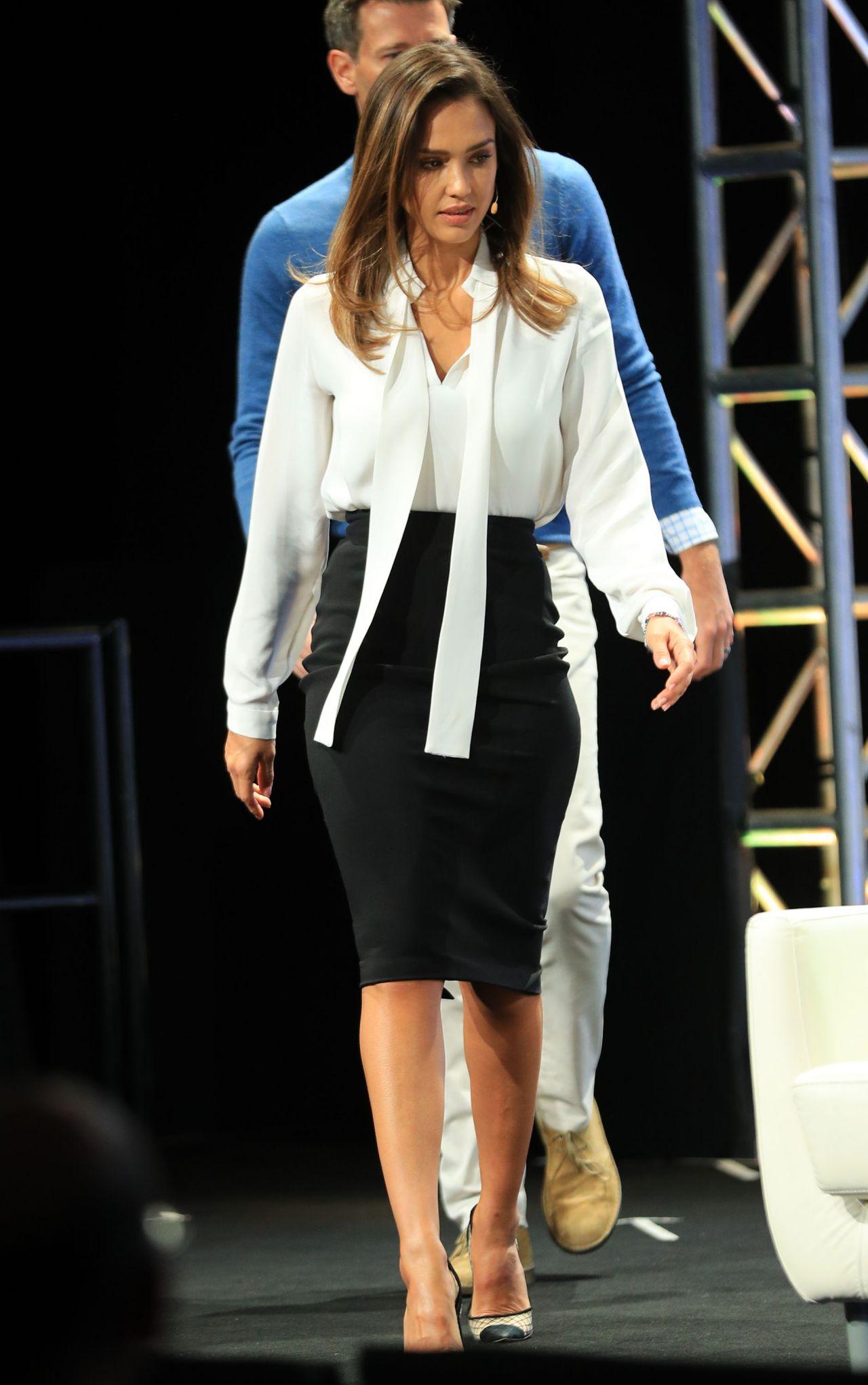 Jessica Alba  TechCrunch Disrupt Conference in Brooklyn 5