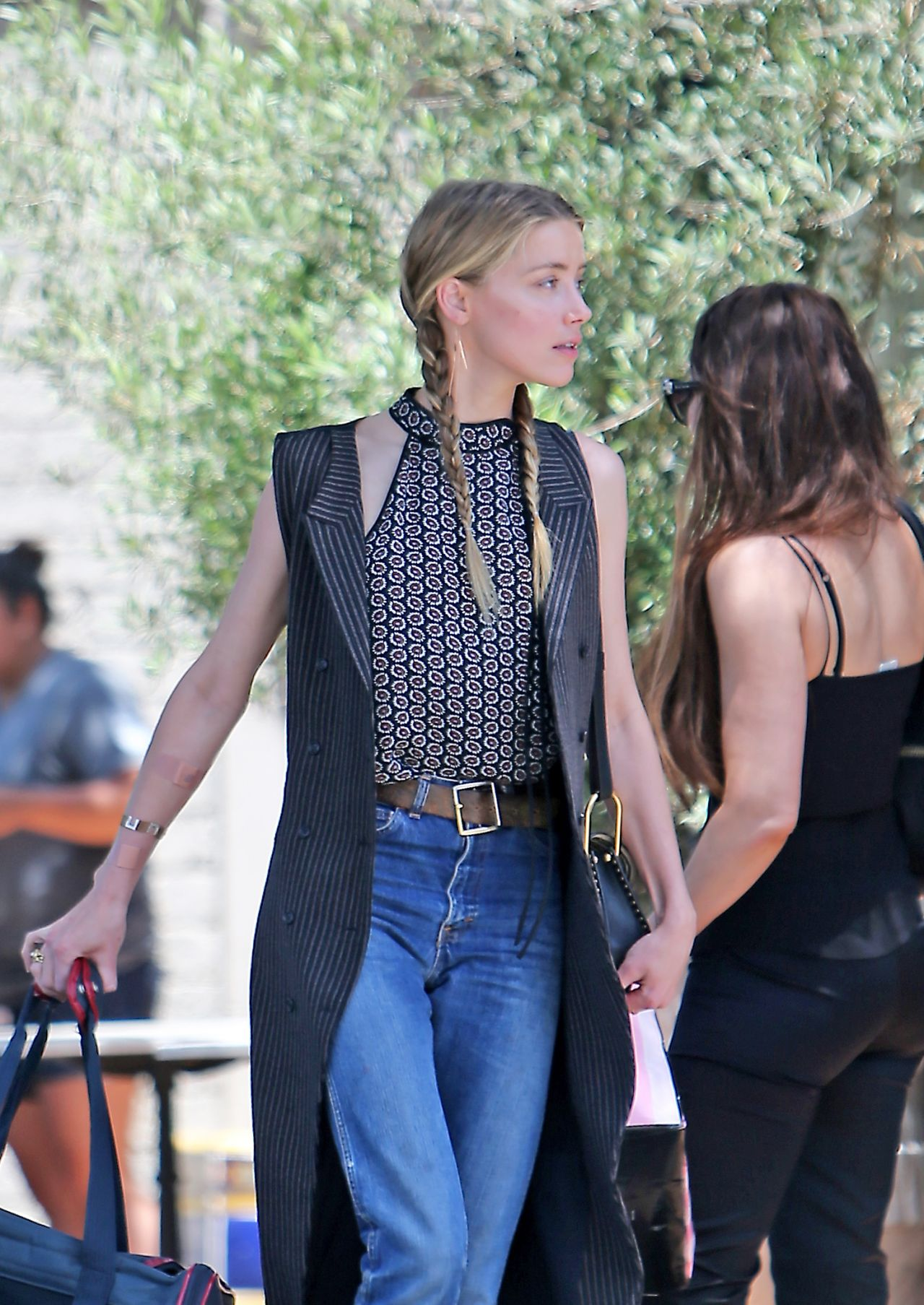 Amber Heard  Out in Los Angeles 7122016