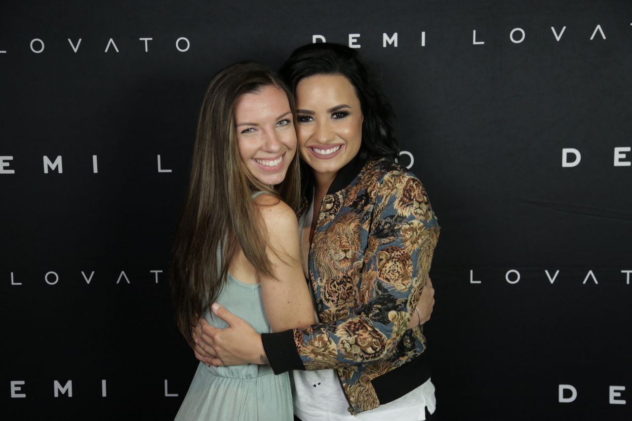 demi lovato meet and greet 2016 nascar