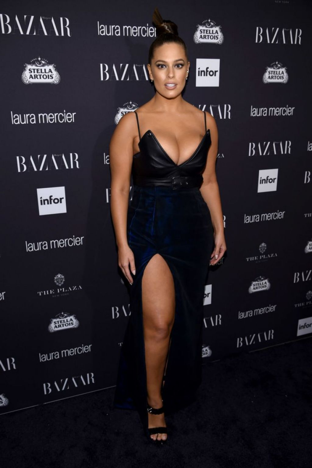 Ashley Graham Harpers Bazaar Icons Party 09092016
