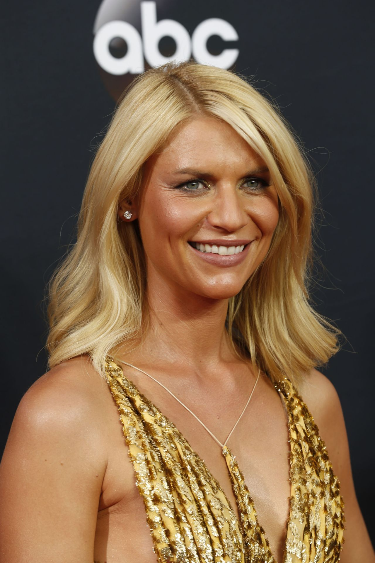 Claire Danes  Emmy Awards in Los Angeles 09182016