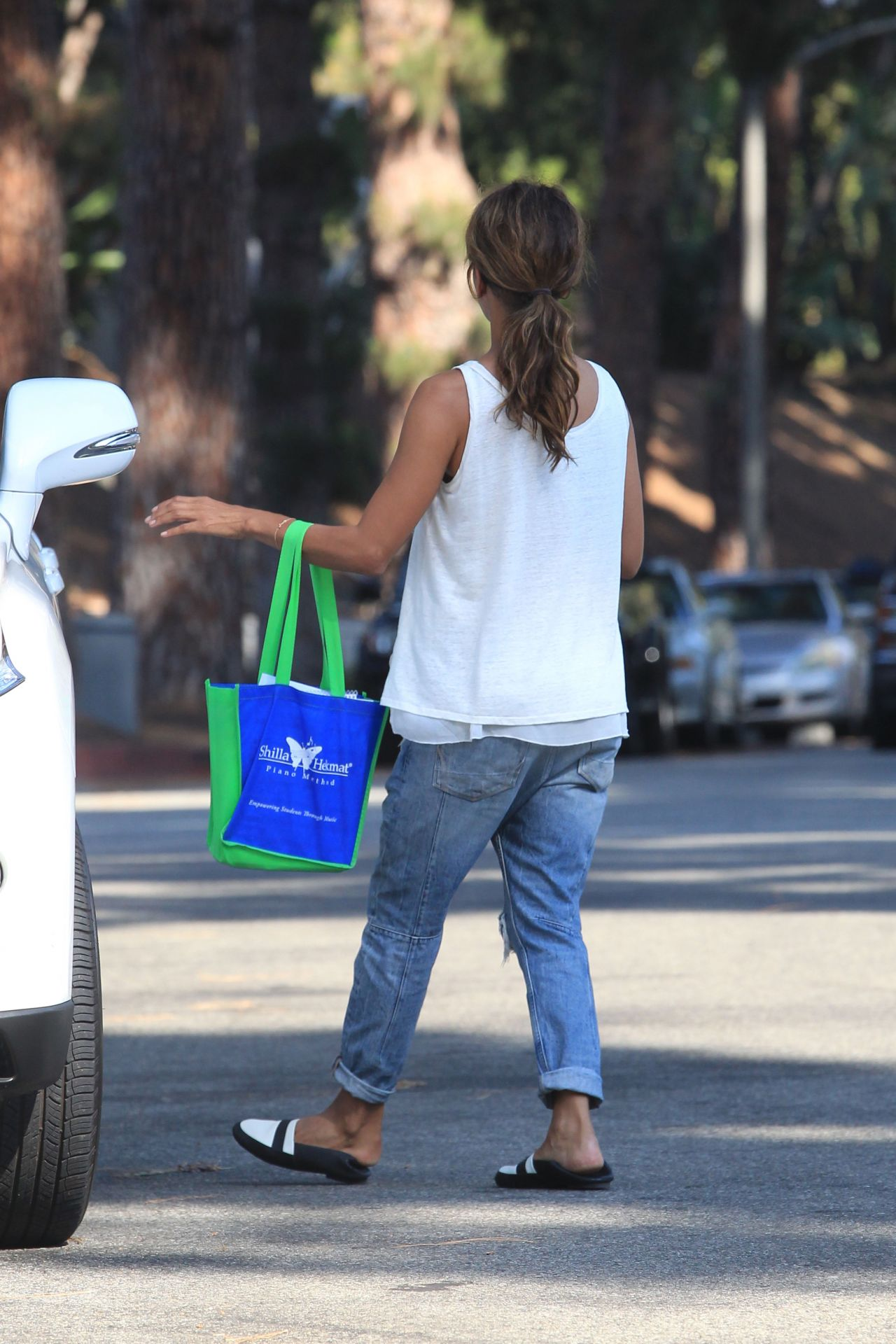 Halle Berry Street Style  Beverly Hills 9212016