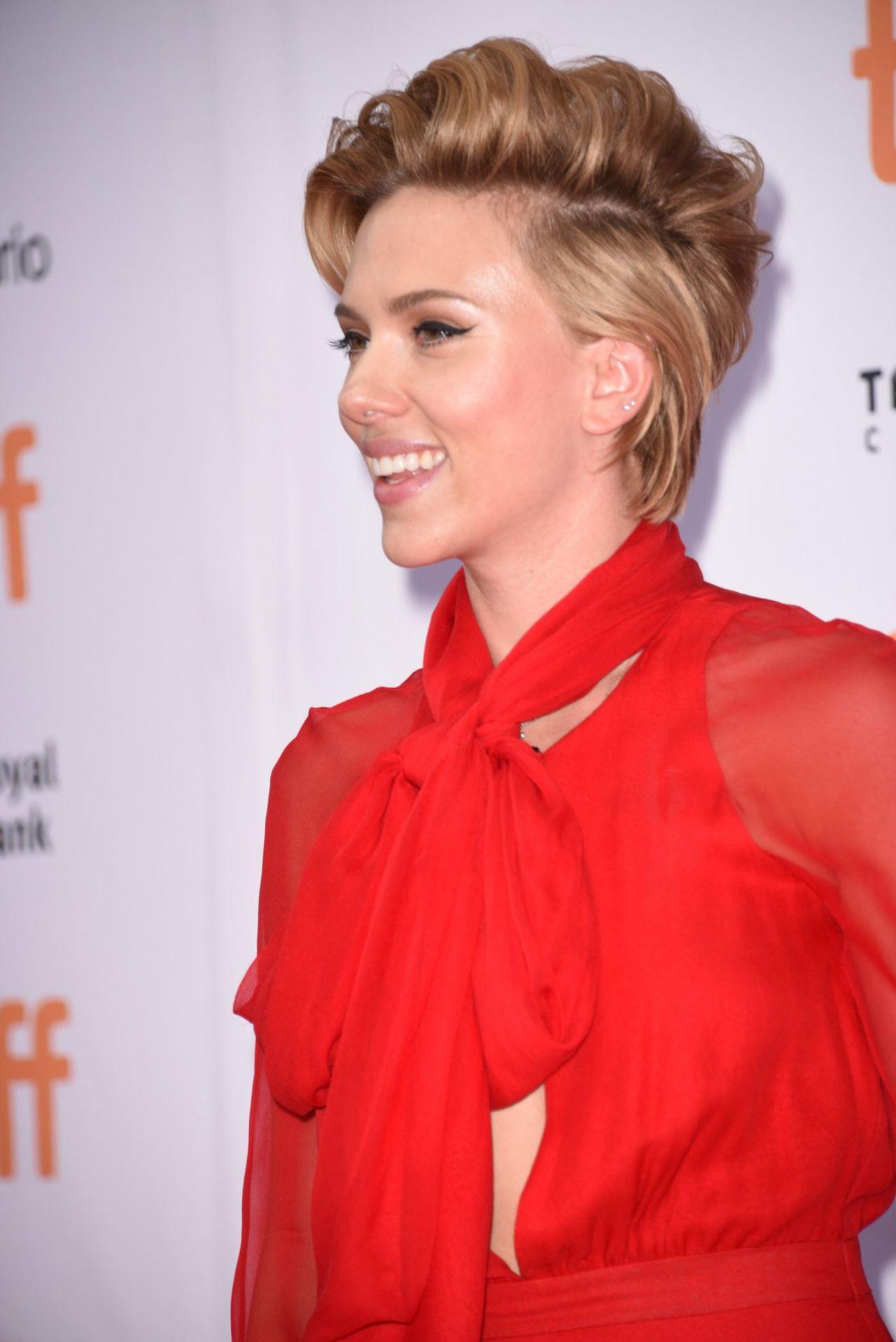 Scarlett Johansson  Sing Premiere at Toronto