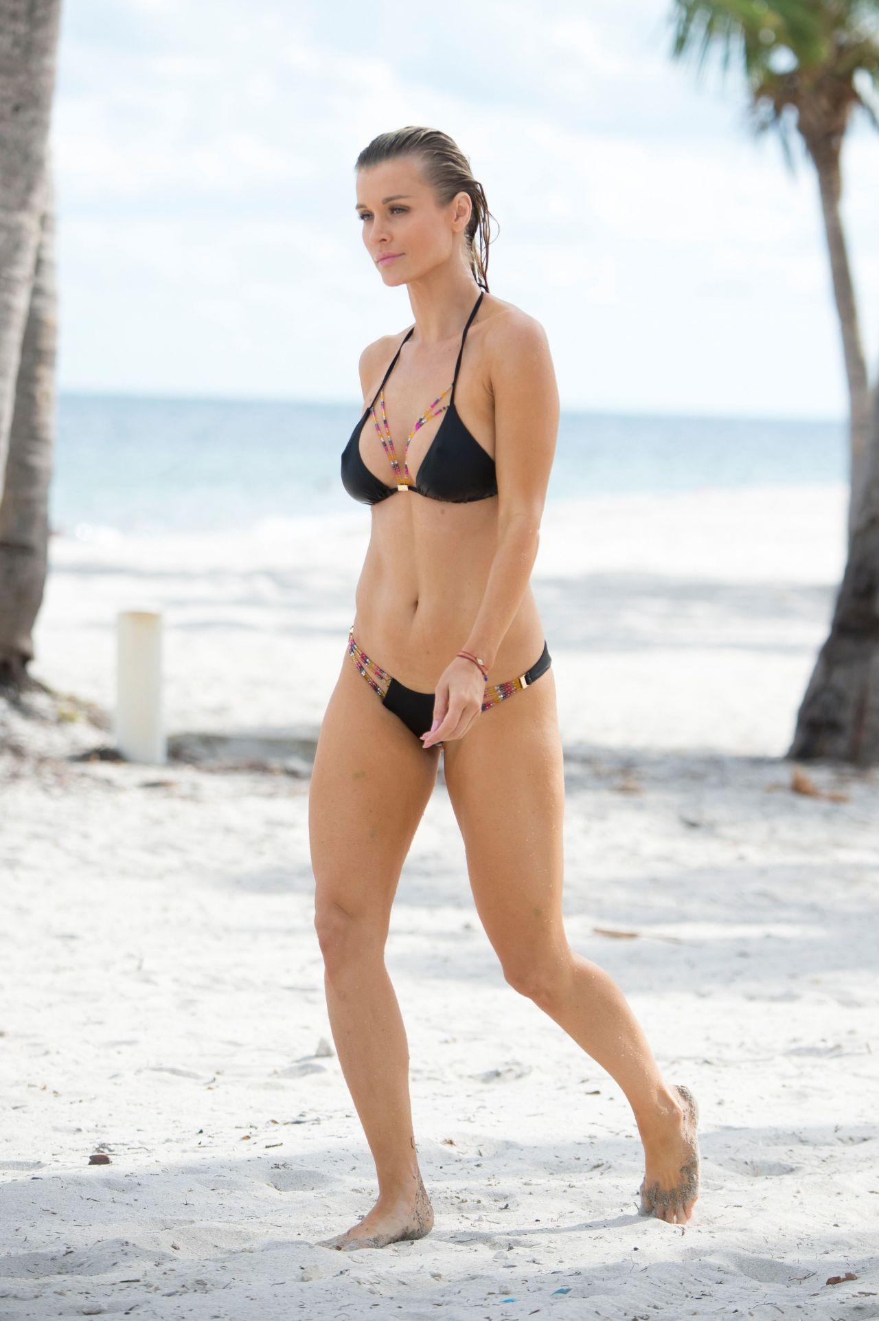 Joanna Krupa Hot in Bikini  Beach in Miami 1123 2016
