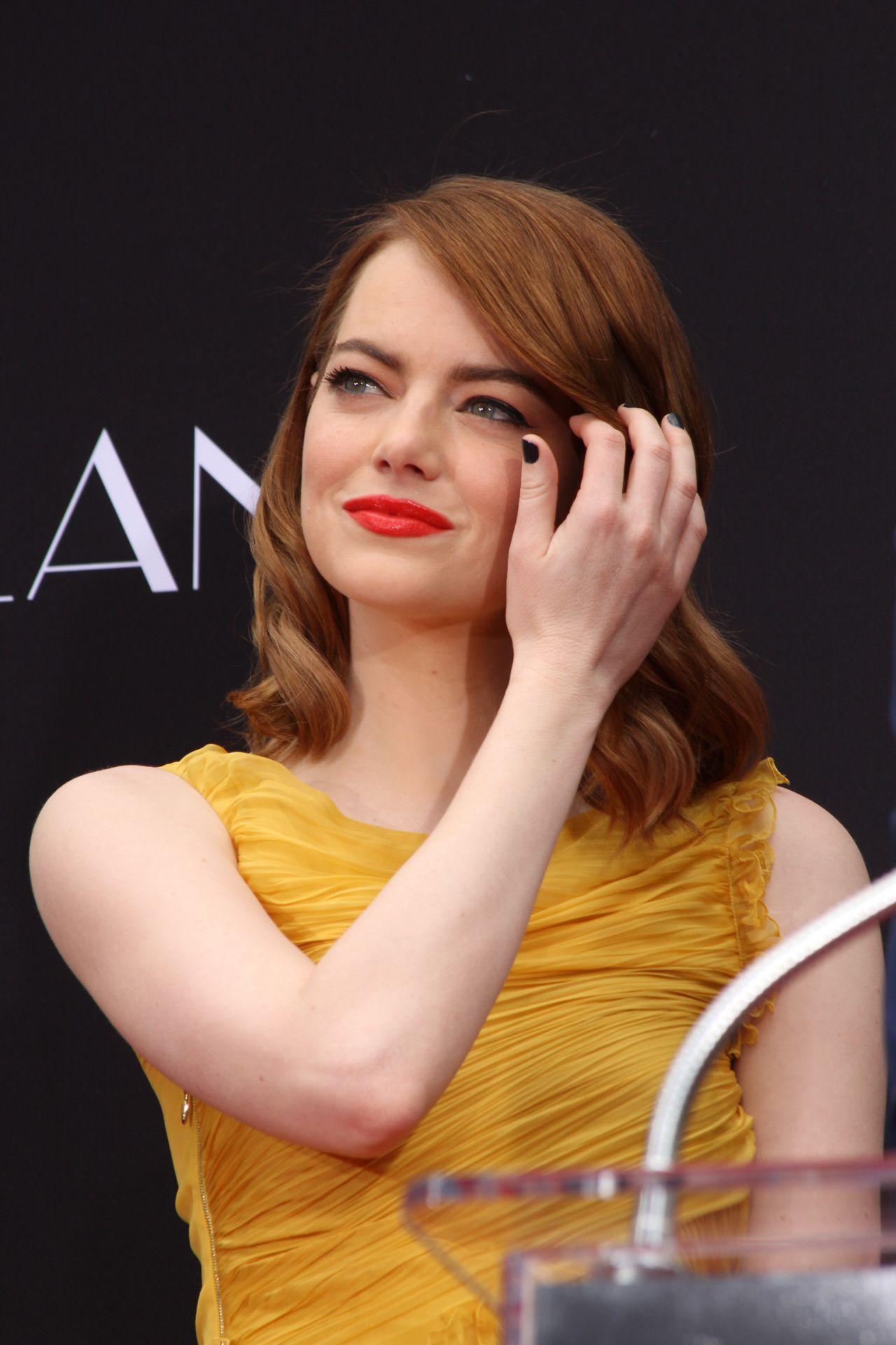 Emma Stone  La La Land Hand and Footprint ceremony in LA 127 2016