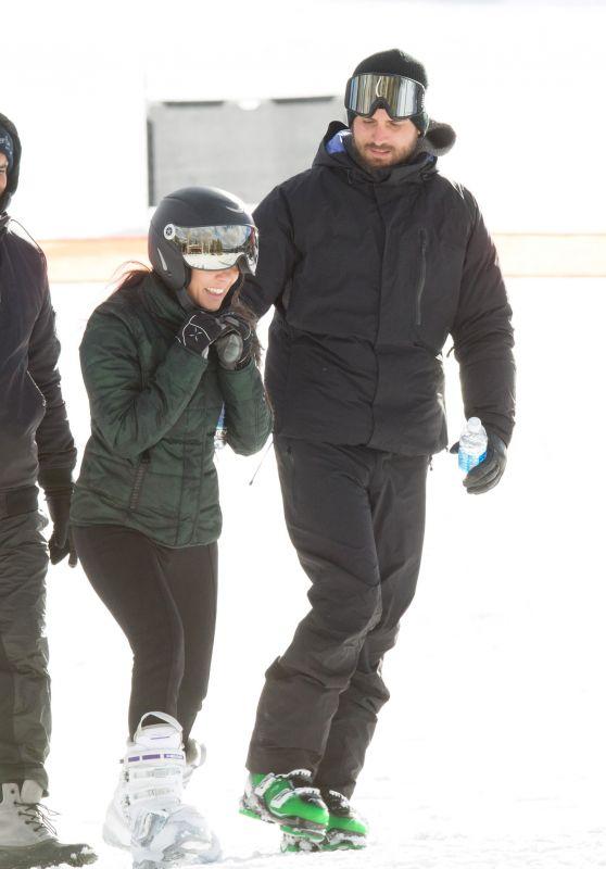 Kourtney Kardashian - Skiing in Aspen 12/28/ 2016