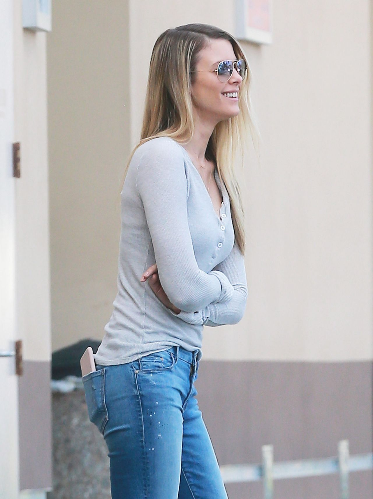 Paige Butcher  Stopping to Get Some Coffee in Studio City January 2017