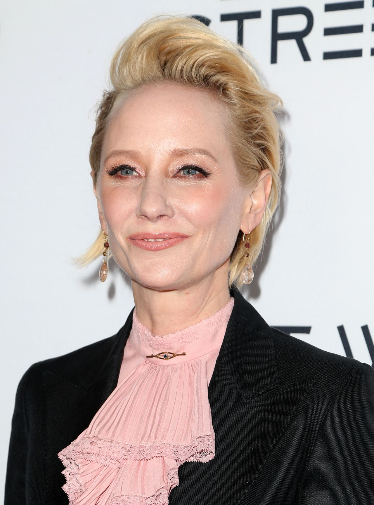 Anne Heche at The Last Word Premiere in Los Angeles 32 2017